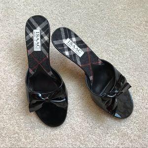 Isaac Mizrahi low heels